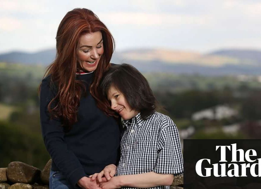 Home Office looks at allowing cannabis oil prescription for epileptic boy