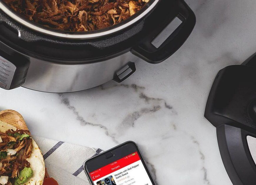 Which Instant Pot cookbook should you get? We compare the best ones on Amazon
